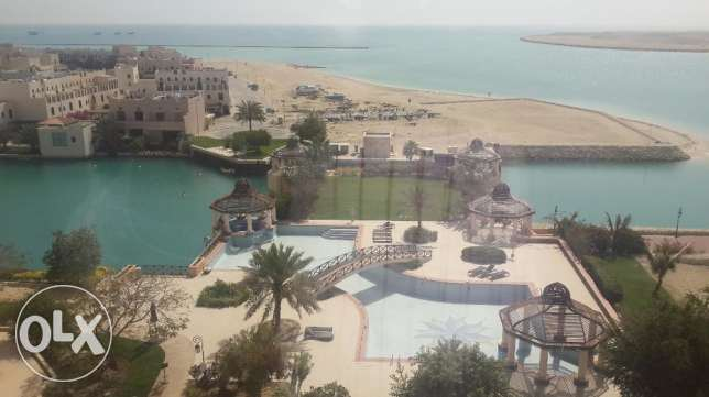 Luxurious 2 bedrooms apartment fully furnished facing Sea and pool v