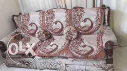 Neat and comfortable Sofa set : 3+1+1 Price Bd 75/-(negotiable)