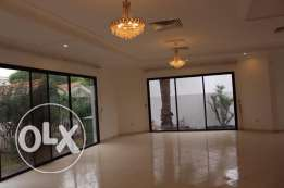 4 Bedroom beautiful semi furnished villa in Hamala
