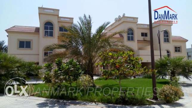 ISA TOWN 3 BR Luxury Semi 2 Storey Villa for rent INCLUSIVE