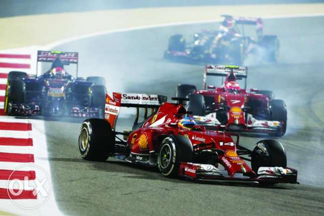 F1 TICKET FOR 3 days with parking , turn one grandstand