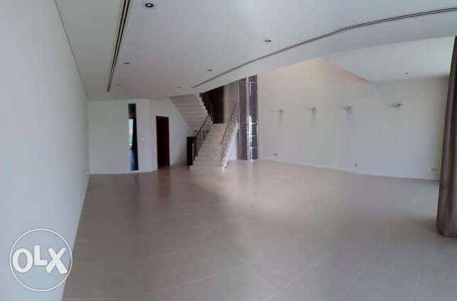Villa For Rent in Amwaj Island