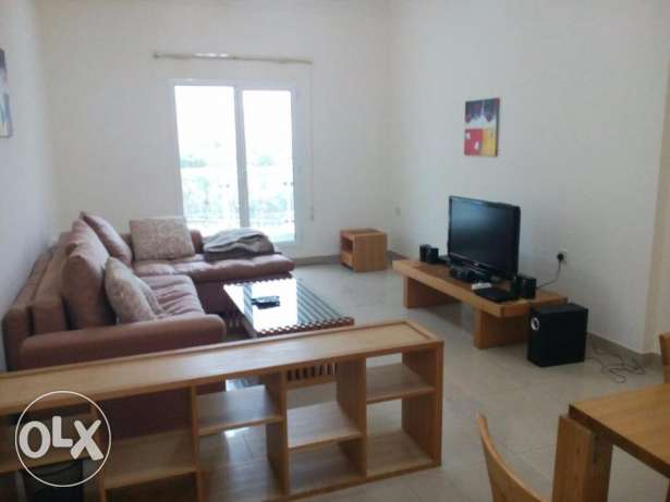 FULLY FURNISHED-Pool,Gym,Sauna,Steam-1bedroom,1bathroom,hall,kitchen