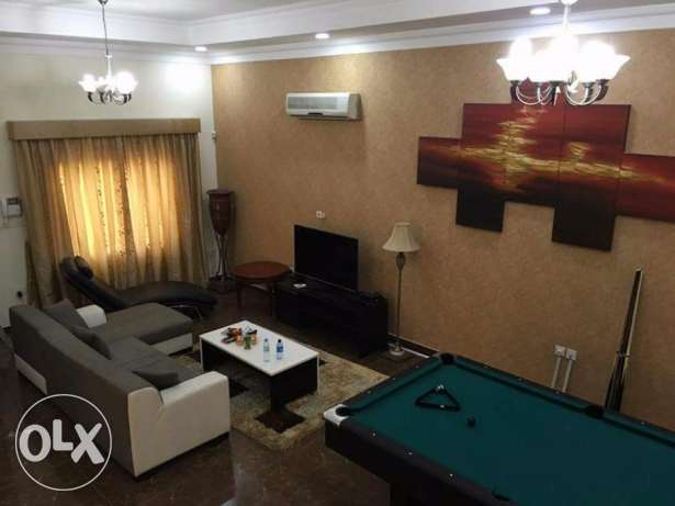 3 bedroom fully furnished villa for rent with swimming pool in hidd