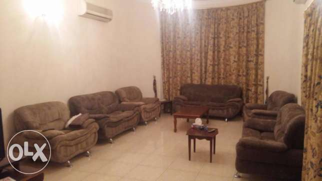 Rent a villa fully furnished in jaow consists of 4 bedrooms 3 Bathroo