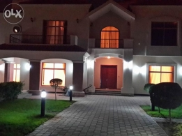 Luxury 4 BR semi furnished villa for rent with huge garden,pool