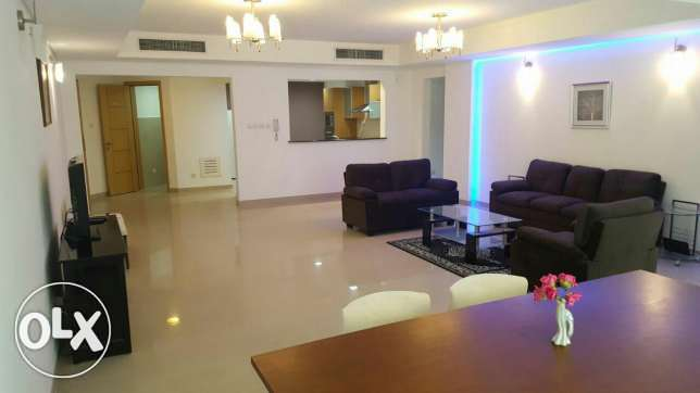 2br flat for rent in Amwaj Island Fully modern furnished