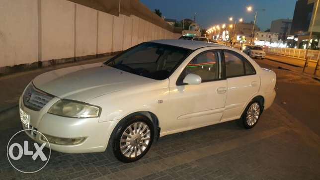 Sale car nisan sunny model 2009 price 1400
