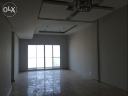 Sea view luxury 3 bedroom apartment available at amwaj island