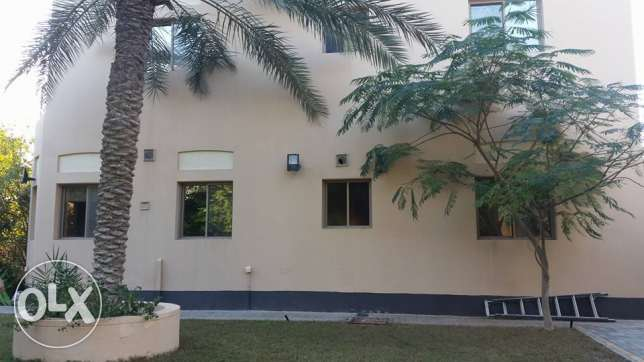 semi furnished villa with huge garden close to Saudi causeway