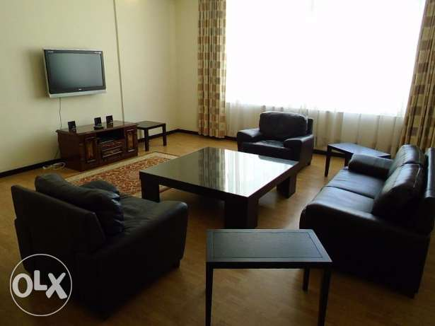 great 3 bedroom flat in Juffair f-furnished