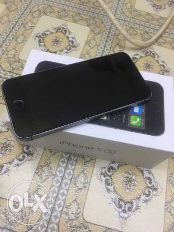 Iphone 5S 64 GB BLACK 4G LTE excellent condition