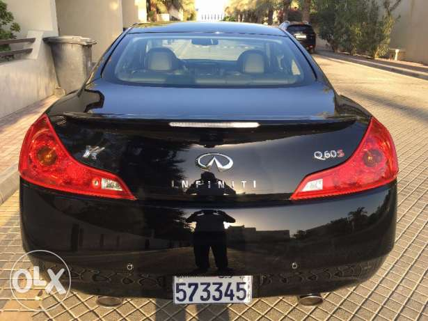 Q60S Coupe 3.7 V6 - 2016 - Expat Owner جانبية -  3