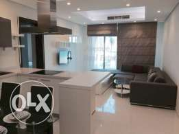 Amwaj: Modern 2 Bedroom Flat + Maid Room + balcony with a nice view!