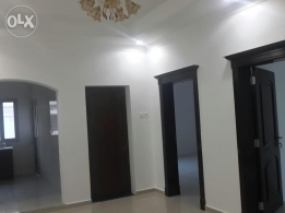Spacious semi-furnished commercial office for rent in Mahooz