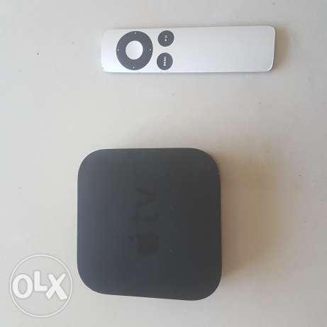 Apple TV (1st Gen) with Remote