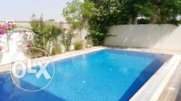 Luxury 5 Bedrooms villa for rent with swimming pool in Riffa Views