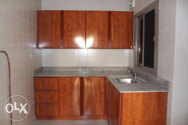 2 bedroom unfurnished apartment in New hidd/exclusive جفير -  5