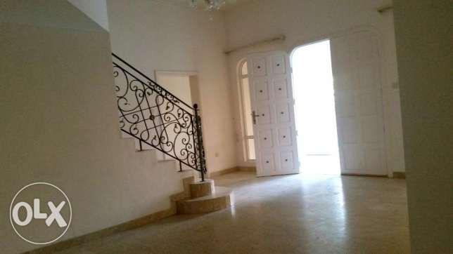 Semi Furnished Villa For Rent At Saar (Ref No: SRZ1) سار -  7