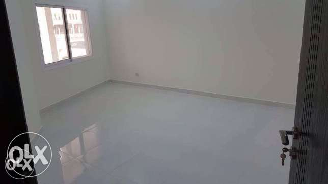 flat 3 bedrooms for rent in west Riffa