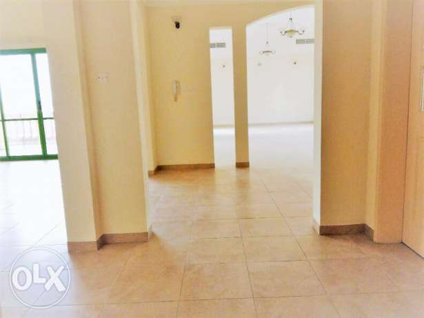 Huge Amazing Semi furnished Apartment in Janabiyah