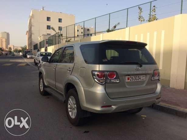 Toyota fortuner 2012 full insurance agent maintains