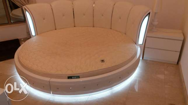 Electronic light bed