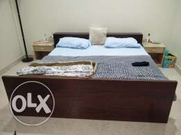 Kingsize Bed with Medicated Mattress for Sale