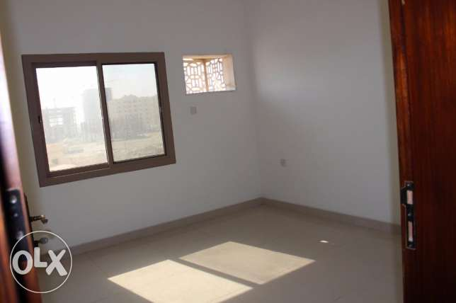 2 bedroom unfurnished apartment in New hidd/exclusive جفير -  1