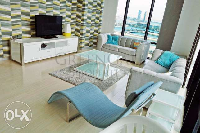 Stylish 3 Bed Apartment with Great Views