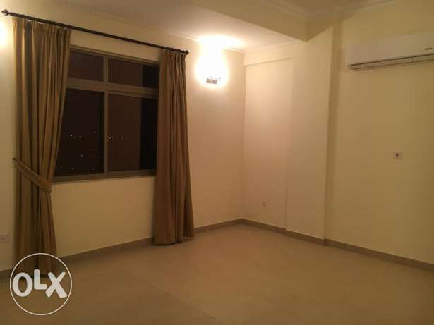 3 Bedrooms Semi Furnished Flat For Rent New HIDD عوادية -  3
