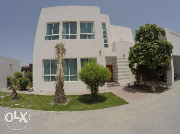 Semi furnished 4 Bedroom Compound Villa for rent near Saar mall