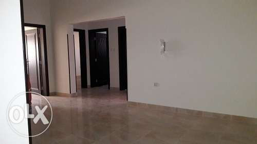 3 bedroom brand new un furnish apmnt in Busaiteen BD. 350/-