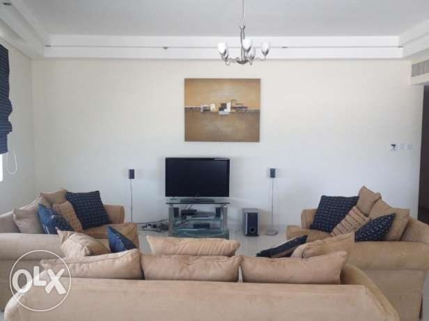 Beautiful 2 Bed rooms apartment decant furniture fully furnished SEA V