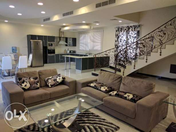 Modern fully furnished private villa with private swimming pool - incl