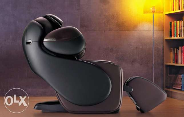 OSIM Massage Chair for Sale in Bahrain (uDivine S)