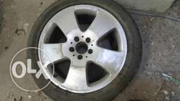 2 wheel rims for Mercedes