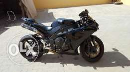 2014 Yamaha YZF-R1 for sale at good price