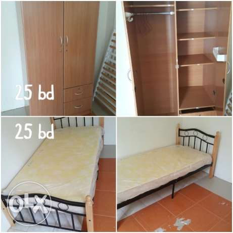 2 door cupboard, bed and study table