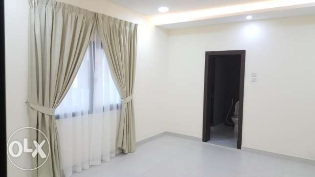 3 Bedroom flat at New Hidd, Semi Furnished ( Ac + cooker ) & Balcony