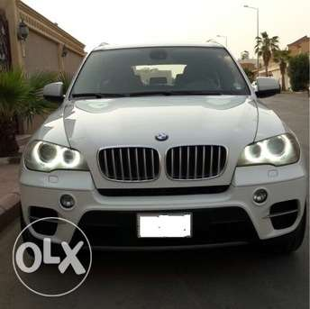 2012 BMW X5, 50i, Only 27,200 Kms, Accident Free, Dealer Maintained المنامة -  1