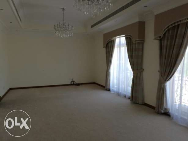 Gorgeous 5+1 bedroom Semifurnished villa for rent at Janusan البديع -  4