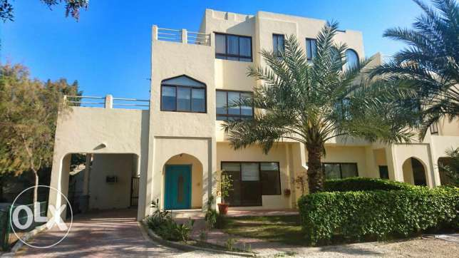 Sizeable 4 Bedroom Villa in a Compound for Rent in Saar