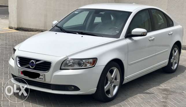 Volvo s40 low kms agent maintained for sale
