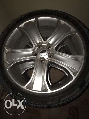 original rims with tires for sale in good condition 4 pieces 200 BD