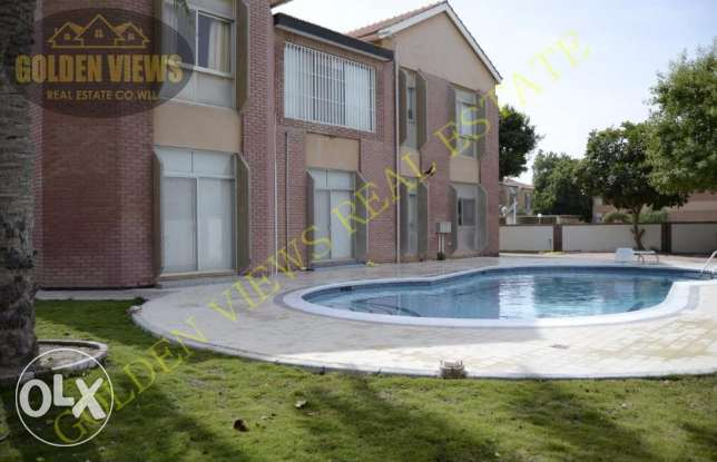 4 Bedroom semi furnished villa with large private garden,pool