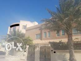 Grand Fully Furnished Villa At Busaiteen (Ref No: BSM8)