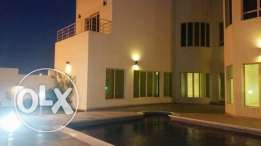 luxury villa with private pool close to Saudi causeway