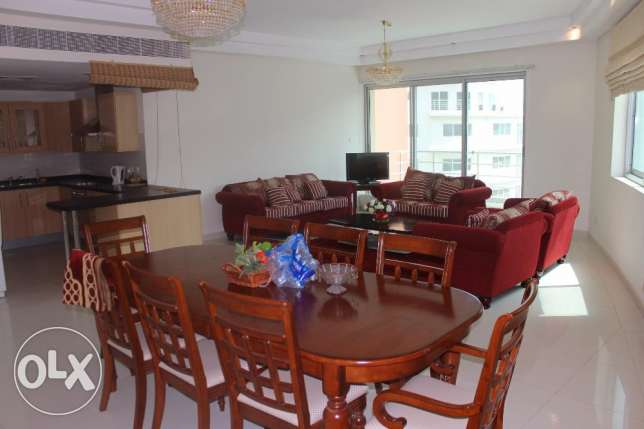 Spacious Sea view 3 BR Amwaj