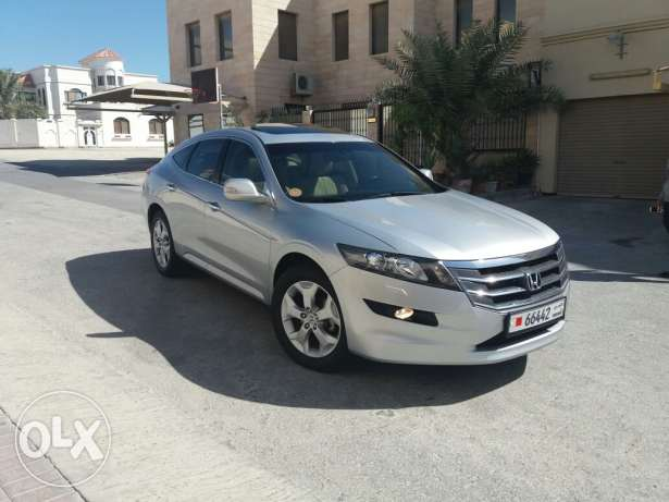 Honda accord crosstour in exillent condition